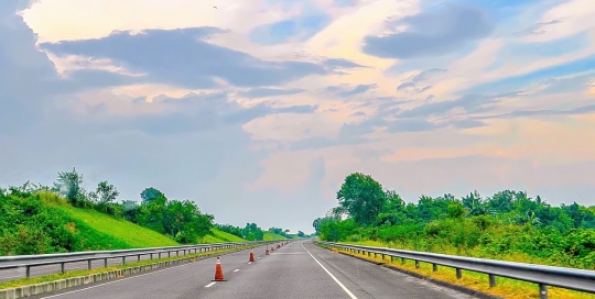 Alazaro - Subic-Clark-Tarlac Expressway